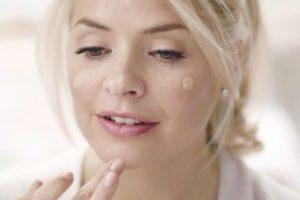 Как почистить поры лица паром